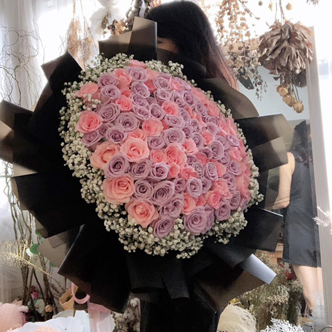 99 Pink and purple roses bouquet