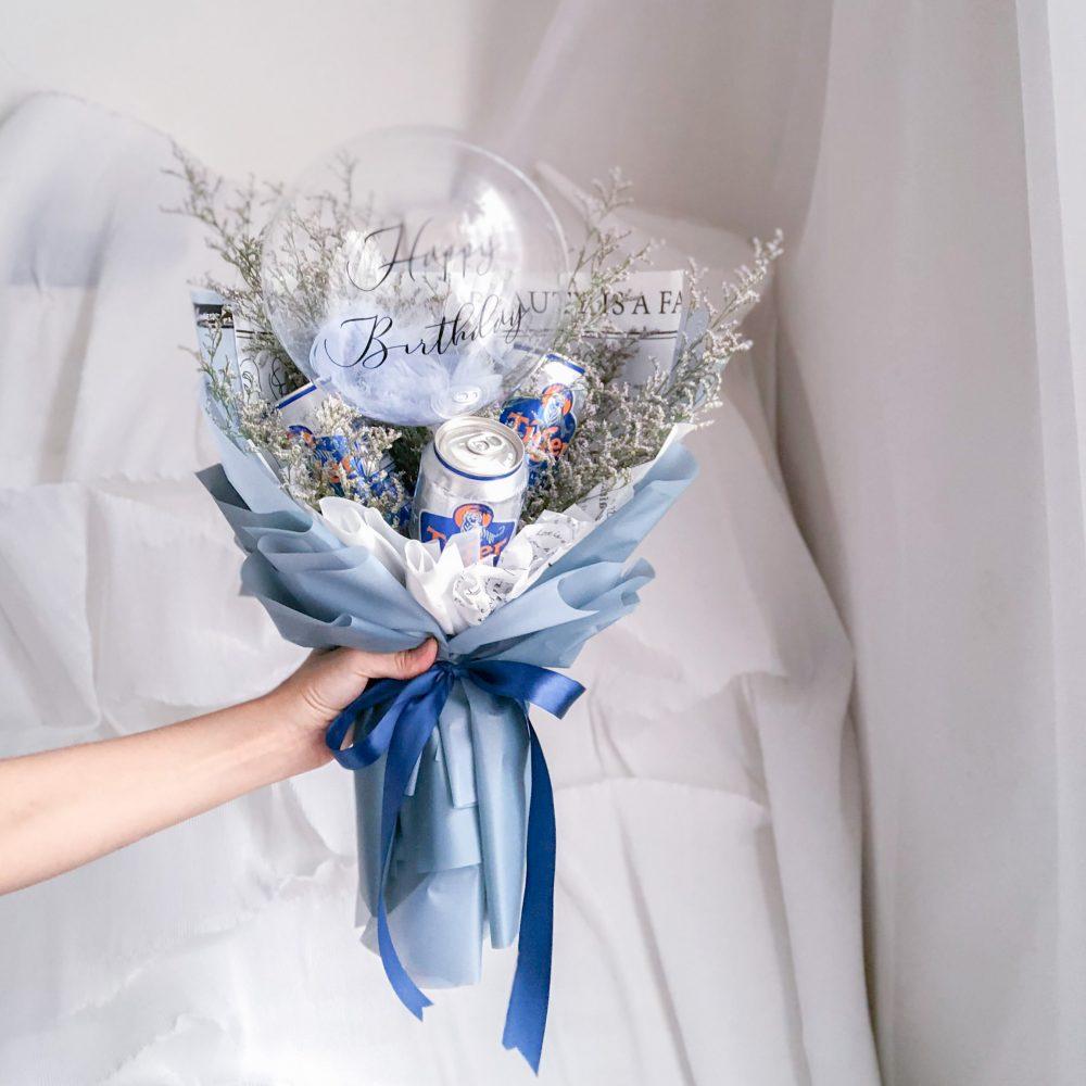 tiger beer & balloon bouquet