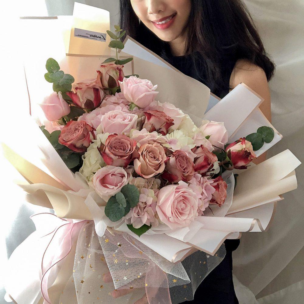 Hydrangea & Cappuccino Rose Bouquet