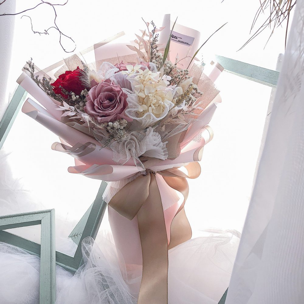 Mix Preserved Flowers Bouquet