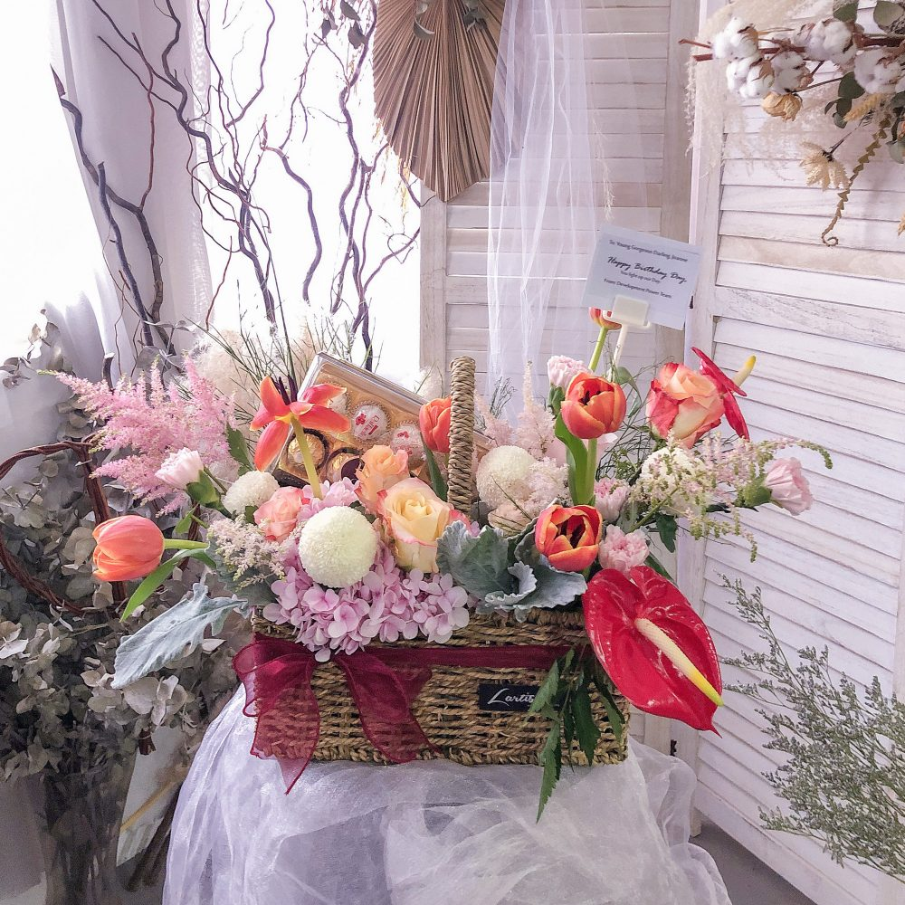 Flower Basket with Chocolate