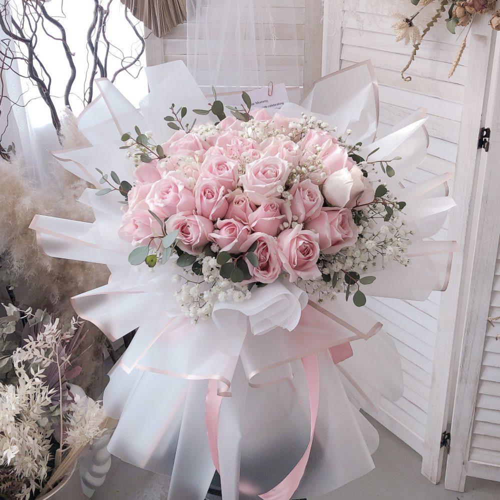 Avalanche Pink Rose Bouquet - 30 Stalks