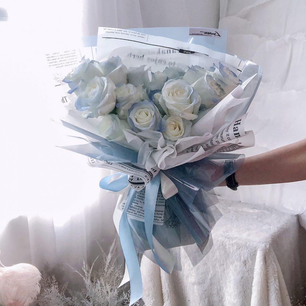 Premium Blue Roses Bouquet - 20 Stalks