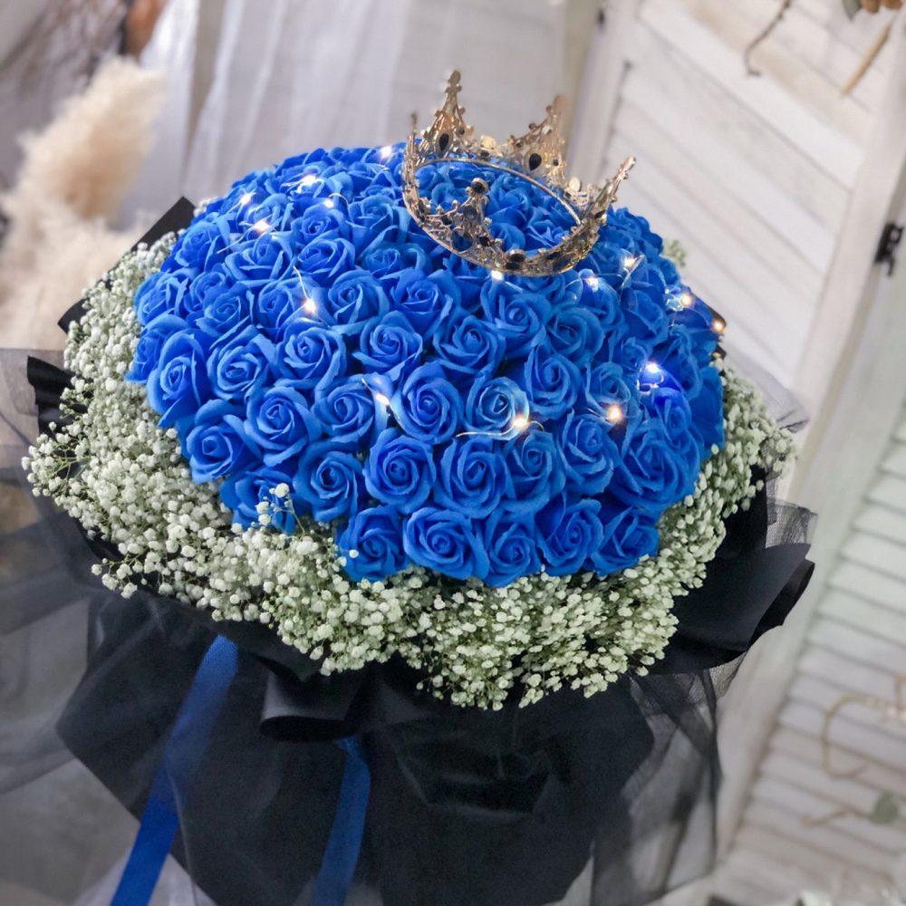 99 blue soap roses + Fairy light Bouquet